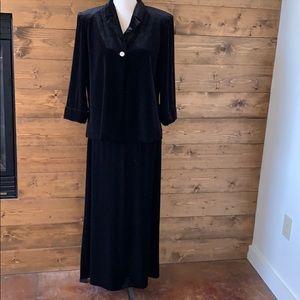 Gett Black Velvet Jacket and Skirt